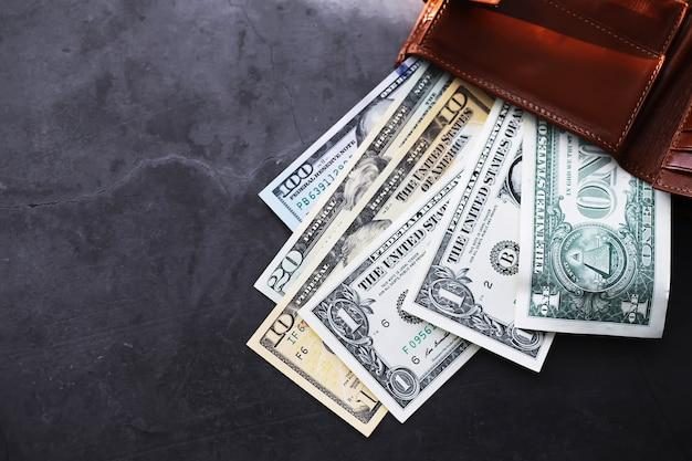 Grupo de pila de dinero de billetes de 100 dólares estadounidenses mucha de la textura de fondo. dinero en efectivo en una gran pila como fondo de finanzas.