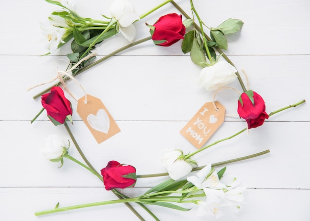 Guirnalda de rosas para el día de la madre.