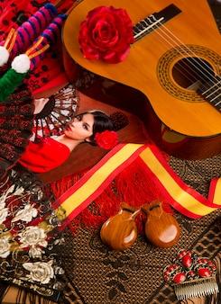 Guitarra castellana con elementos flamencos.