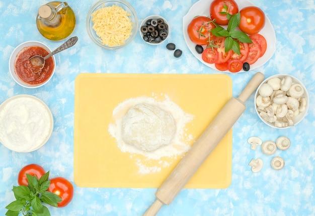 Hacer pizza casera de verduras paso a paso, paso 1 - preparar los ingredientes