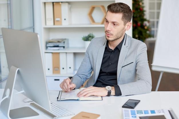 Hacer una videollamada a un socio comercial