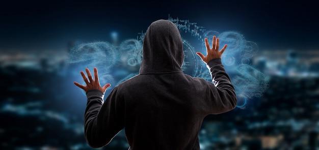 Hacker activando el signo de interrogación