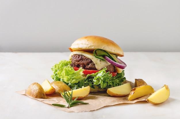 Hamburguesa casera con ternera