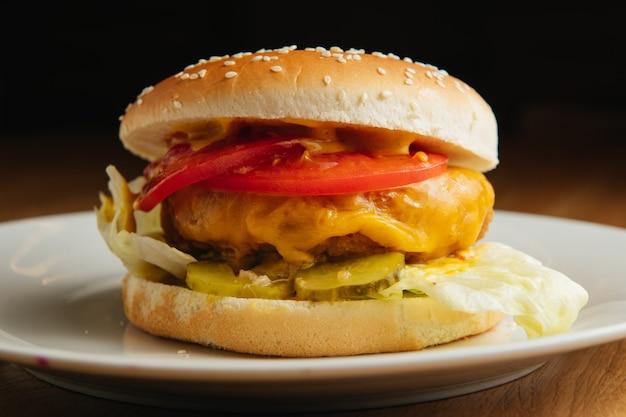 Hamburguesa con queso americano