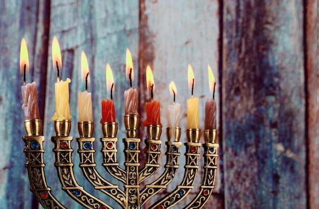 Hanukkah menorah símbolo del judaísmo fiesta tradicional