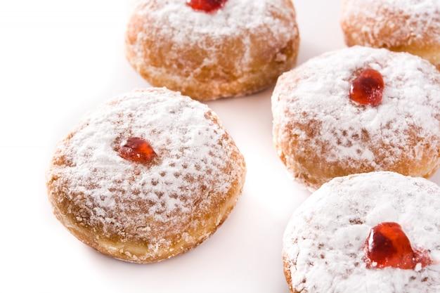Hanukkah sufganiyot aislado en blanco donuts judíos tradicionales para hanukkah