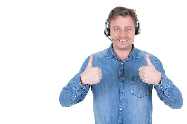 Happy telephone operators representante de servicio al cliente hombre en call center
