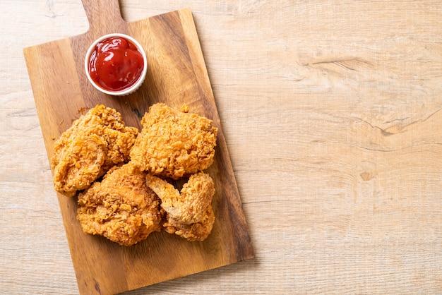 Harina de pollo frito