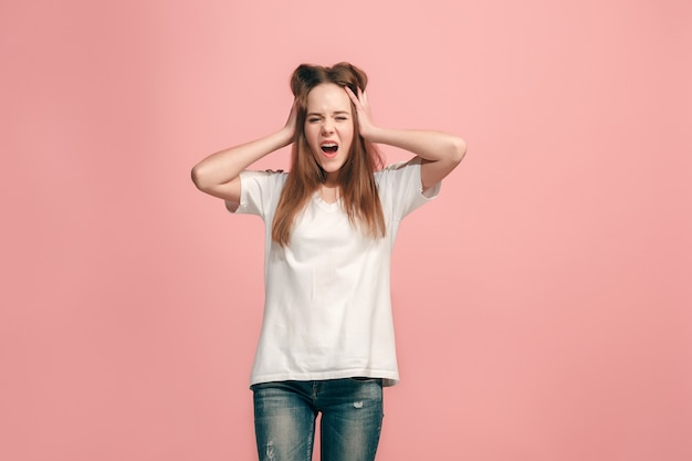 He perdido mi mente. la adolescente con expresión extraña.