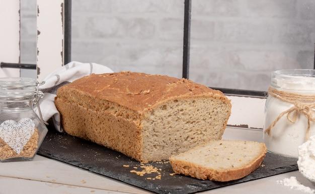 Hecho en casa delicioso pan sin gluten