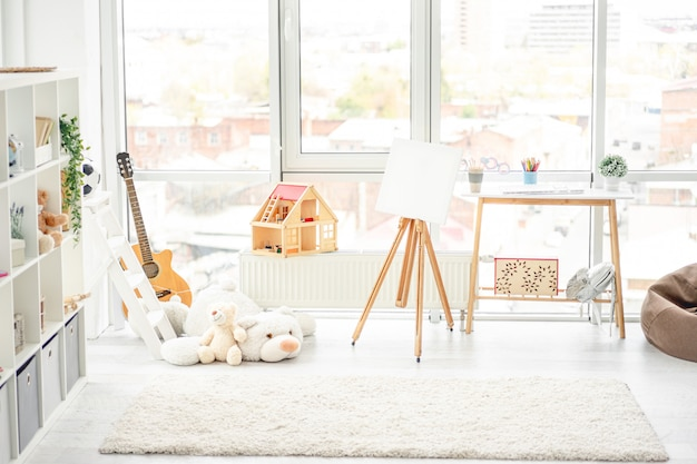 Hermosa, acogedora y luminosa habitación infantil