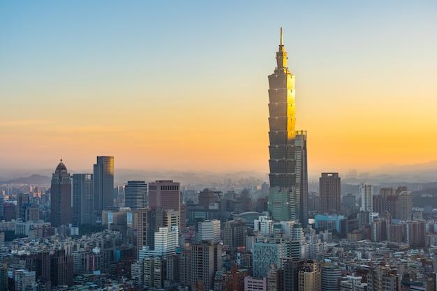 Hermosa arquitectura edificio ciudad de taipei