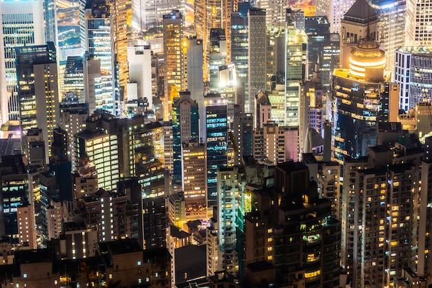 Hermosa arquitectura que construye el paisaje urbano exterior del horizonte de la ciudad de hong kong
