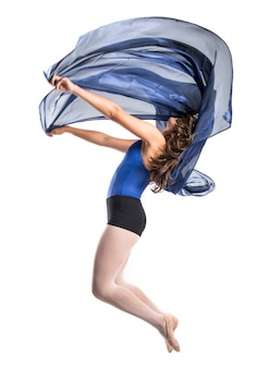 Hermosa chica ballet saltando