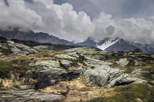 Hermosa foto de san bernardino, svizzera