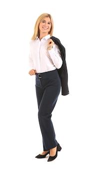 Hermosa mujer de negocios con estilo sobre fondo blanco.
