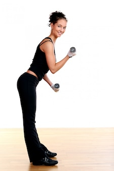 Hermosa mujer sexy haciendo fitness