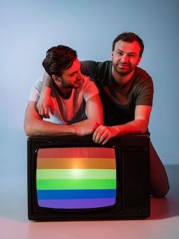 Hermosa pareja de hombre gay