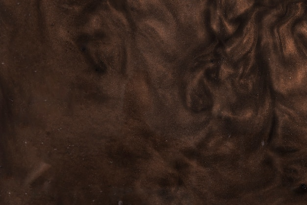 Hermosa pintura marrón rígida