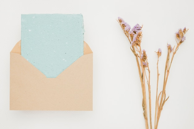 Hermosa plantilla de tarjeta de invitación de boda