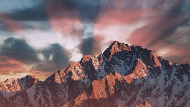 Hermosa puesta de sol en las montañas