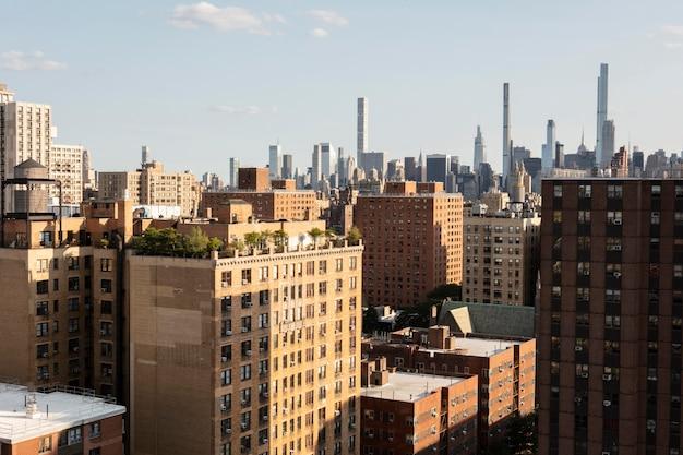 Hermosa vista sobre los edificios de la ciudad.