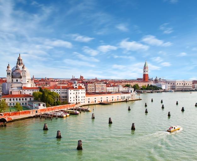 Hermosa vista de venecia
