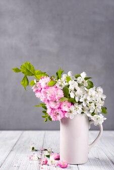 Hermosas flores de primavera