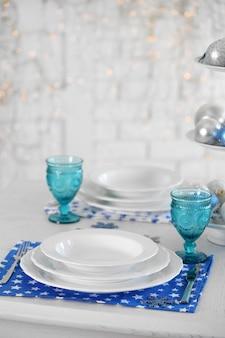 Hermoso ajuste de la mesa de navidad