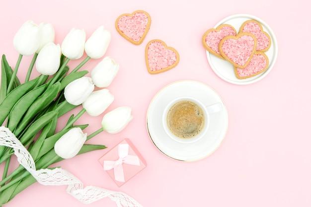 Hermoso concepto del día de la madre con tulipanes