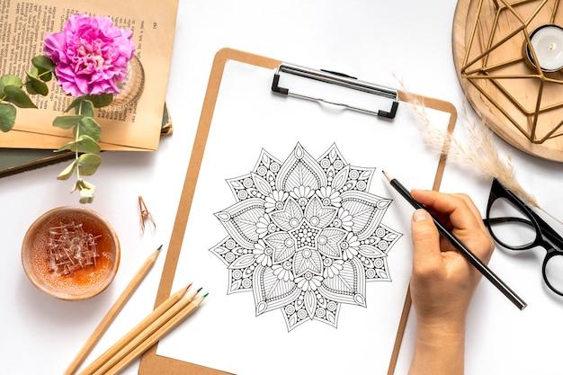 Hermoso concepto de diseño de mandala