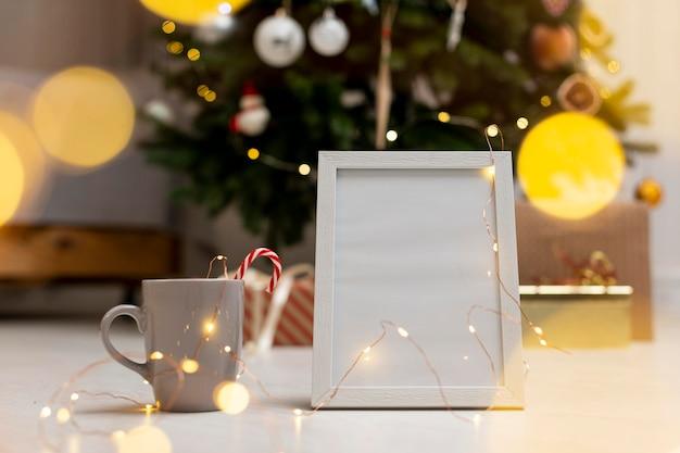 Hermoso concepto de navidad en casa con espacio de copia