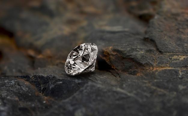 Un hermoso diamante que es hermoso, brillante, claro, limpio, convertido en un lujoso