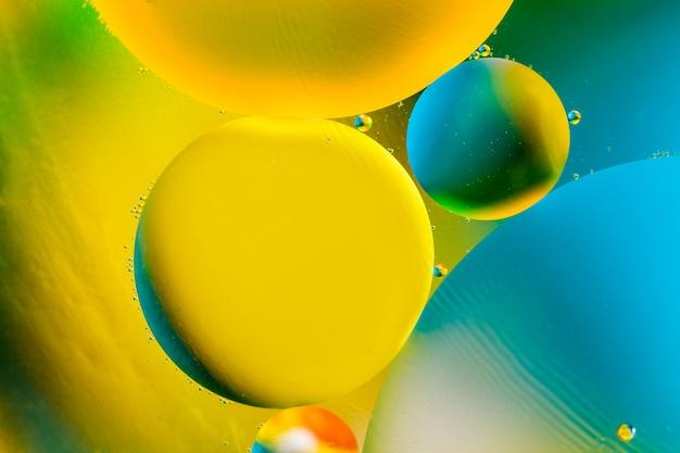 Hermoso fondo abstracto de color de agua y aceite mixtos.