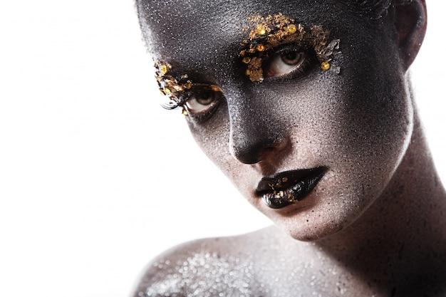Hermoso maquillaje artístico