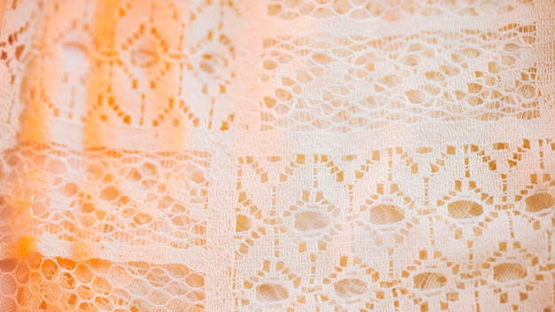 Hermoso material textil en malla fina.