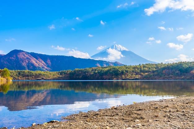 Hermoso paisaje de montaña fuji