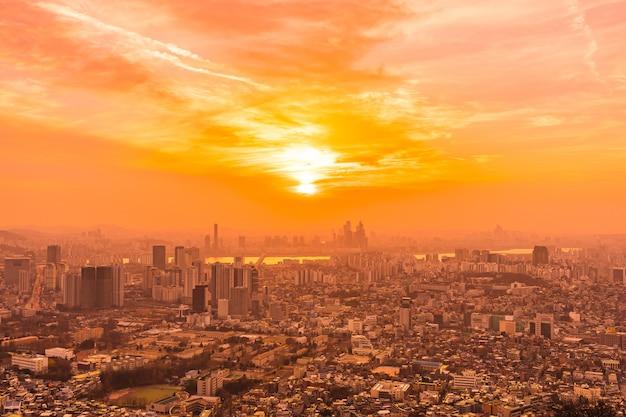 Hermoso paisaje y paisaje urbano de la ciudad de seúl