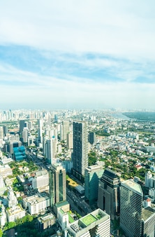 Hermoso paisaje urbano con arquitectura y construcción en bangkok tailandia