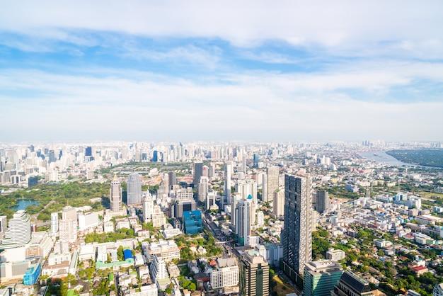 Hermoso paisaje urbano con arquitectura y construcción en bangkok