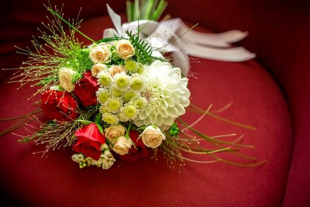 Hermoso ramo de novia