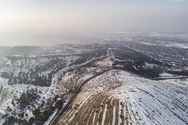 Hermoso tiro de drone aéreo