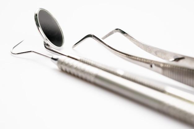 Herramientas básicas de dentista