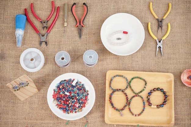 Herramientas para hacer joyas