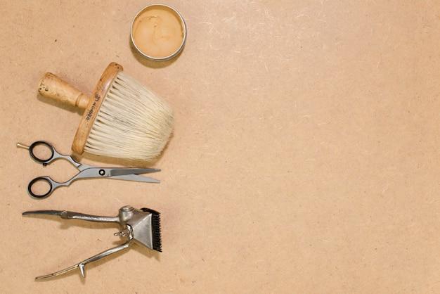 Herramientas de peluquería con espacio de copia