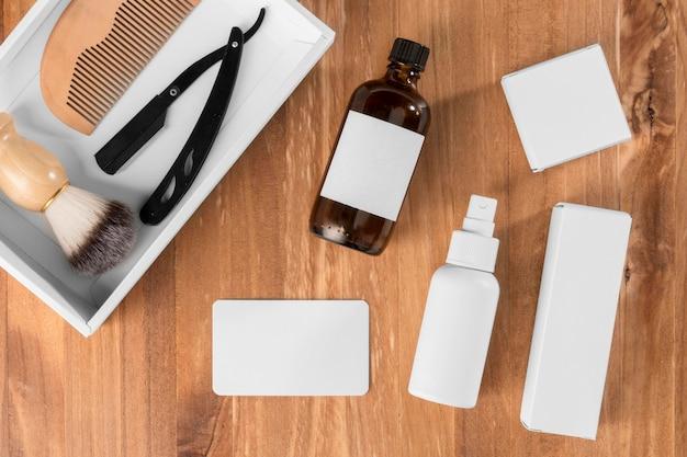 Herramientas de peluquería planas para el cuidado de la barba