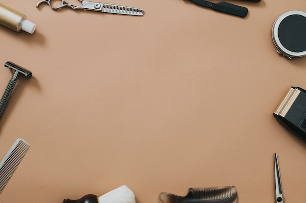 Herramientas de salón de marco vintage en trabajos y concepto de carrera