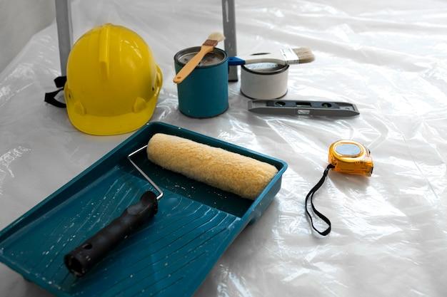 Herramientas de seguridad para trabajos de pintura.