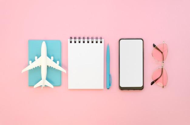 Herramientas de vacaciones planas preparadas