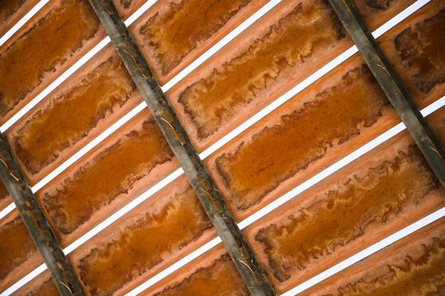 Hierro metálico sobre fondo abstracto con textura